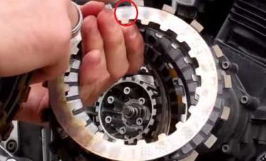 Замена сцепления на Yamaha FZ 600 Fazer